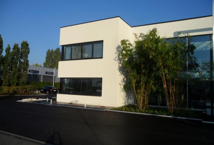 Crepi bedrijfsgebouw